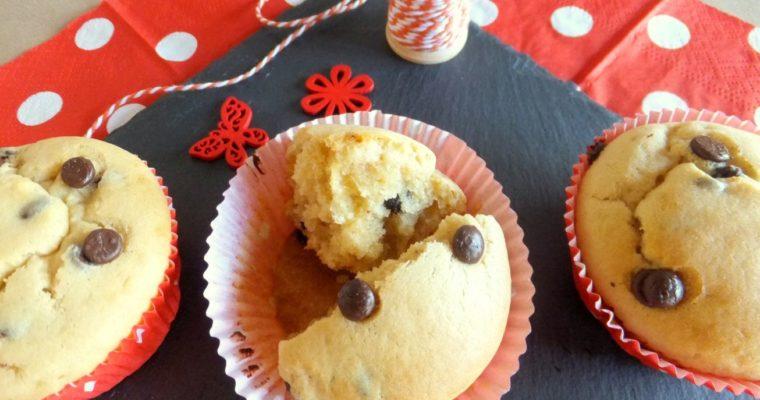 Fixe Muffins mit Erdnussbutter und Chocolate-Chips