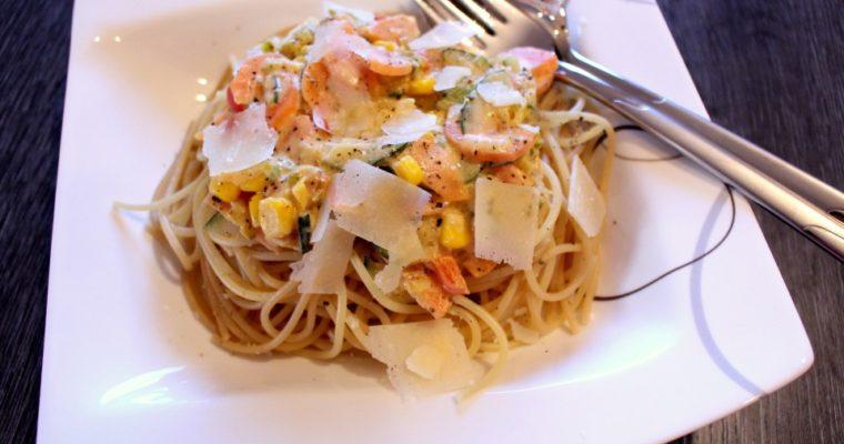 Spaghetti mit Gemüsesoße – lecker & gesund