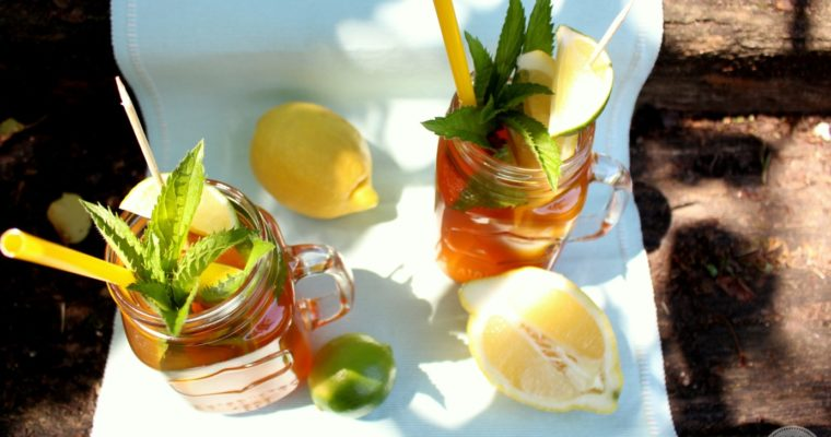 Fruchtige Erfrischung – Selfmade Eistee