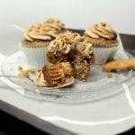 Weihnachtliche Cupcakes mit Nougat-Spekulatius-Topping