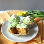 Möhrenkuchen-Cupcakes mit Mascarpone-Topping
