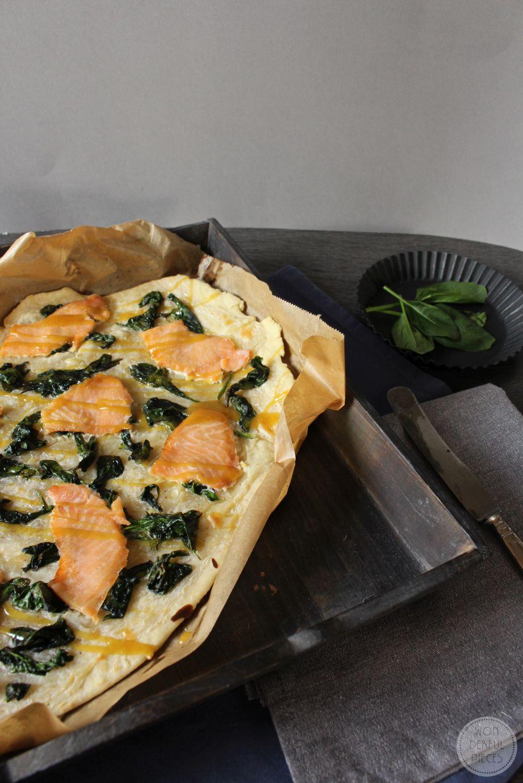 Spinat-Lachs-Flammkuchen